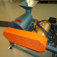 Forsberg Model 2 Huller